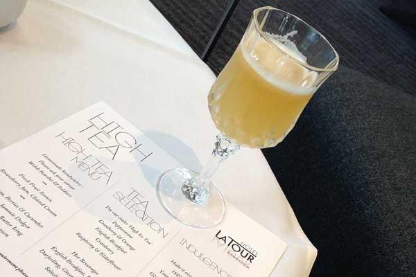 Hotel La Tour Cocktail