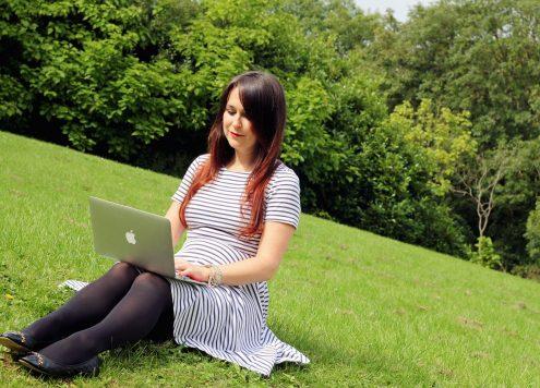 Elizabeth Blogging
