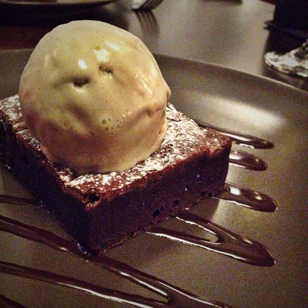 Chocolate Brownie with Pistachio Ice Cream