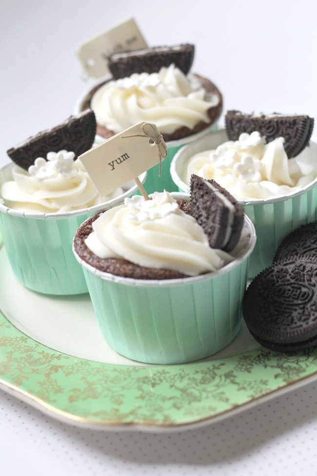 Vintage Place with Oreo Cupcakes