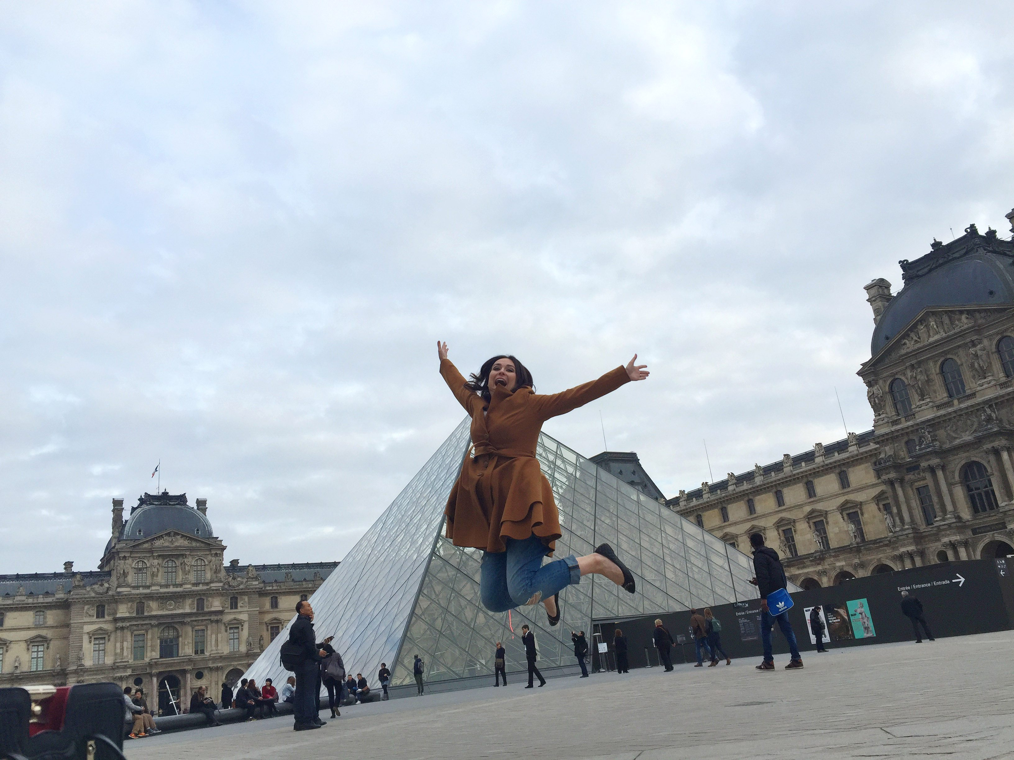 jumping at the lourve