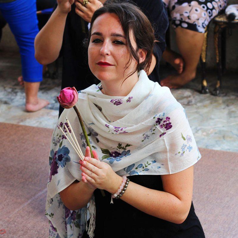 praying-ayutthaya