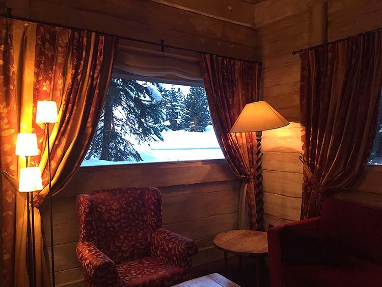 Inside Chalet Hotel LEcrin Tignes