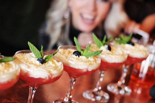 cocktails at Aluna