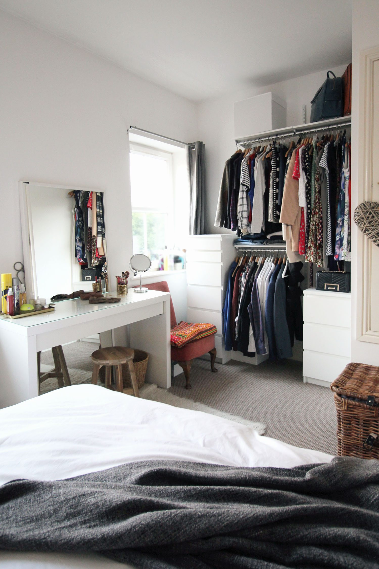 blogger-bedroom-tour