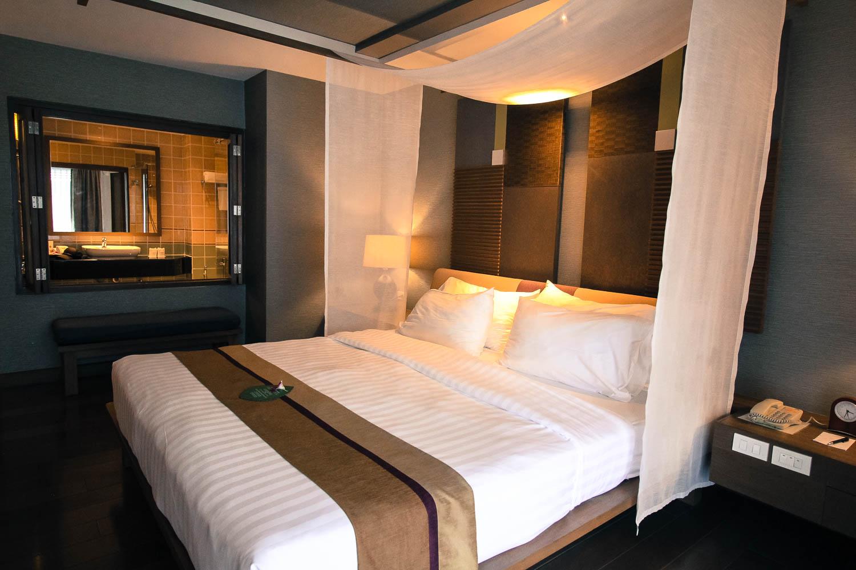 Deluxe Bedroom RarinJinda