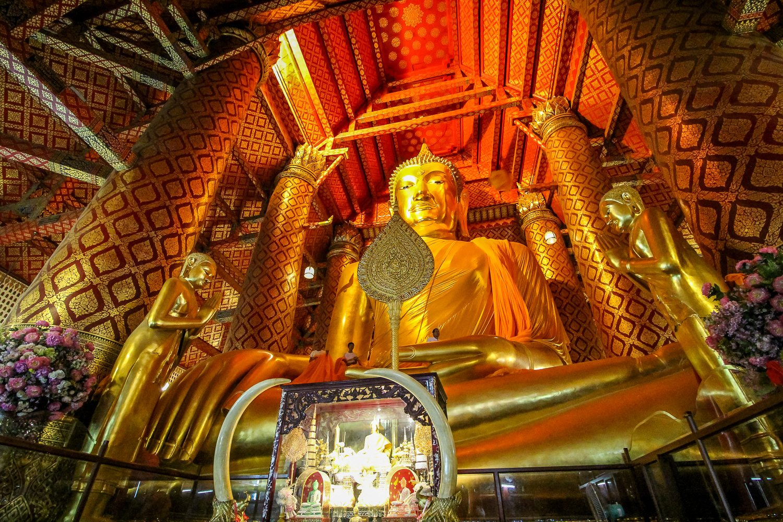 Giant Buddha Statue Ayutthaya