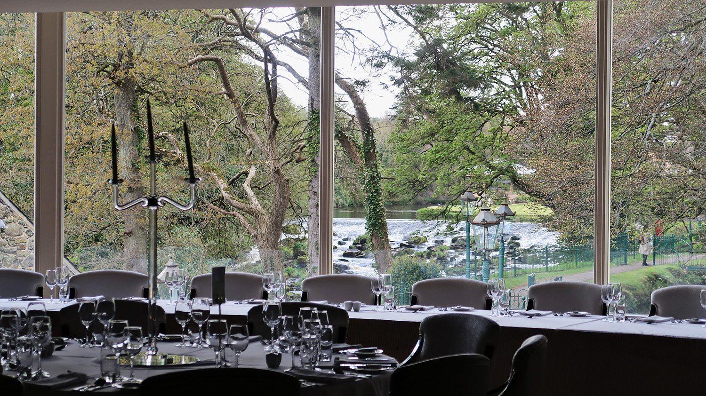 Restaurant near River