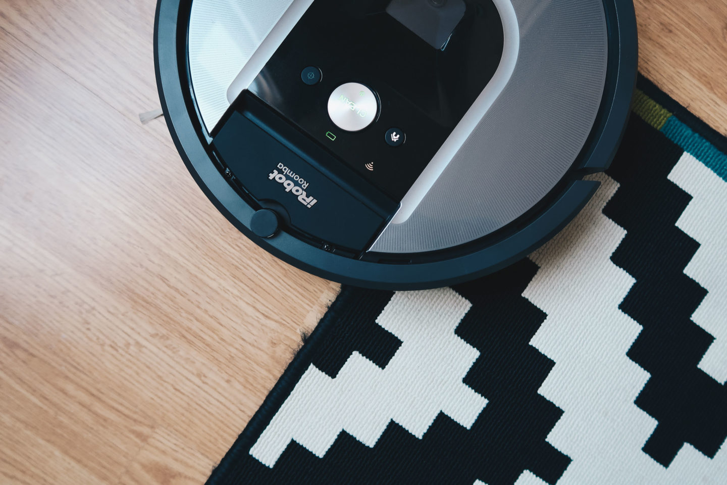 Roomba Review Vacuum Cleaner