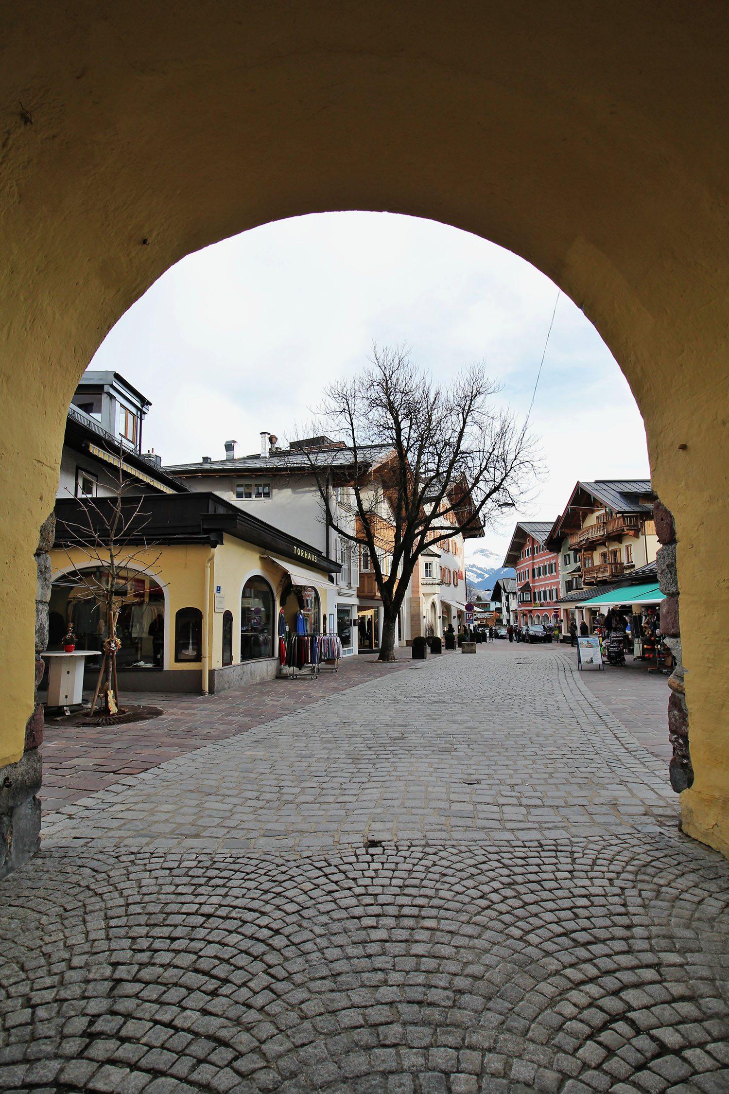 through the arch austria